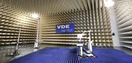 As well as its own EMC laboratory, HBM also uses external laboratories, such as the EMC laboratory of the VDE Testing and Certification Institute in Offenbach.