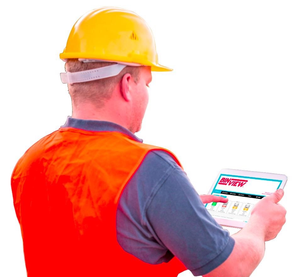 Software makes real-time inventory data available on a mobile device.