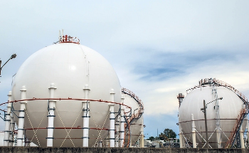 Using Radar Level Sensors as an Energy Source in the Chemical and Petrochemical Industry