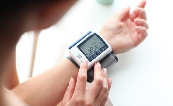 How Wearable Sensors are Revolutionizing Non-Invasive Health Monitoring
