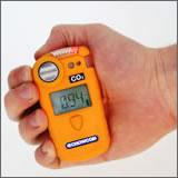 Portable CO2 detector Gasman with charger from Safelincs Ltd