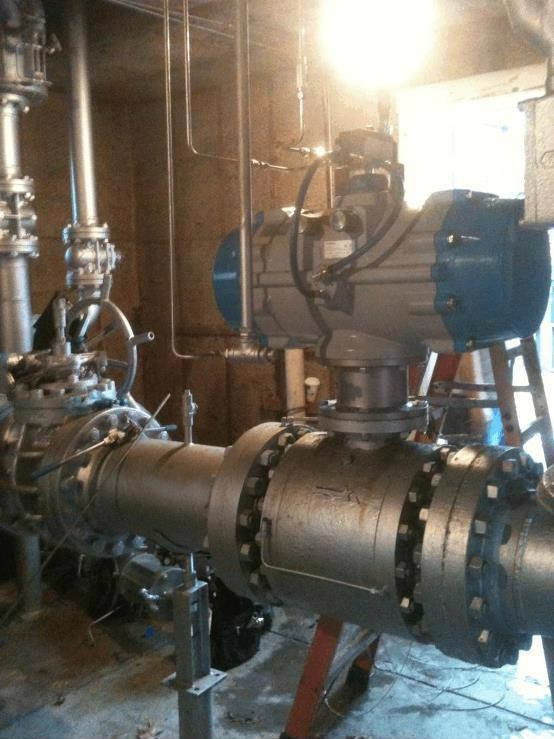 Distribution station control valve with ABB positioner.