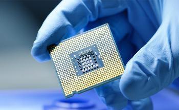 Highly Efficient Photodetector System for the Trillion-Sensor Era